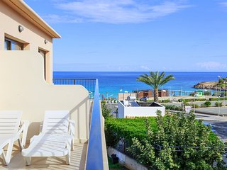 Fig Tree Apartment 3 - 1 Bedroom Apartment - Just 50 meters from Fig Tree Beach
