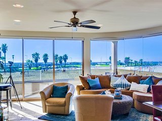 Bluewater Pacific Palms - Ocean Front Mission Beach Vacation Rental