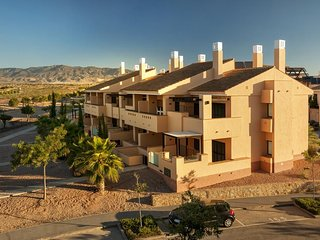 Private Plunge Pool 2 Bed, 2 Bath GF Apt on Prestigious Hacienda Del Alamo