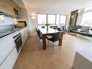 Greenwich, 3 bedroom apartment ref:027