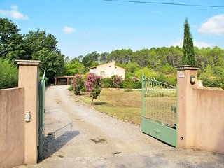 3 bedroom Villa in Lorgues, Provence-Alpes-Côte d'Azur, France : ref 5437101