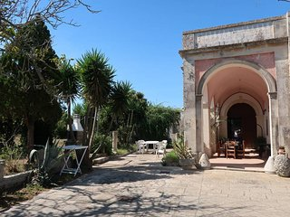 5 bedroom Villa in Vaste, Apulia, Italy : ref 5444911