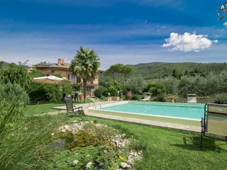 4 bedroom Villa in Pieve di Rigutino, Tuscany, Italy : ref 5310410