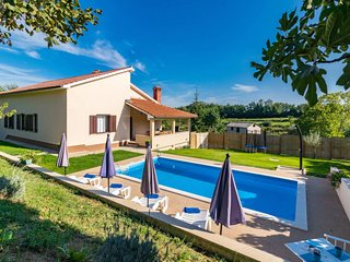 3 bedroom Villa in Škropeti, Istria, Croatia : ref 5641309