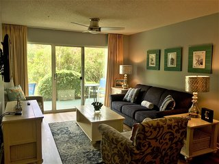 Ciboney 1014 *Beautiful 2 Bedroom / 2 Bath Condo*Steps to the Beach|Beach Bums V