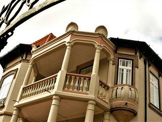 House of Pandora Arts Mansion & Spa In Porto