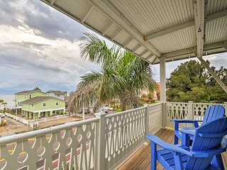 NEW! Indian Shores Townhome w/ Elevator+Gulf Views