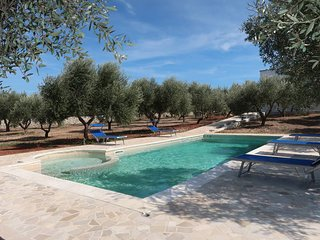 5 bedroom Villa in Vaste, Apulia, Italy : ref 5651869