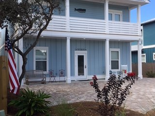 Great Rates!  6 BR/6.5 baths. Close to beach! Private  Pool!