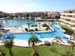Condo for Sale for 4 people in Puerto Aventuras, Quintana Roo.