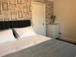 Modern 2 bed Apartment near Portsmouth University