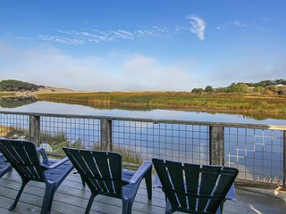NEW LISTING! Waterfront home w/view of mountains & Salmon Creek -dogs welcome