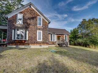 NEW LISTING! Classic farmhouse w/front porch & amazing sunset views-walk to town