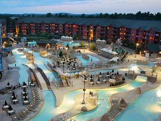 Wyndham Glacier Canyon Resort - Waterpark passes included!