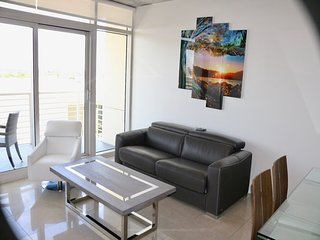 Delightful Apartment in Midtown Miami