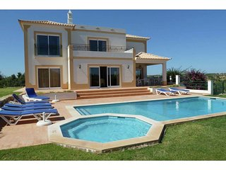 Villa in Albufeira with Pool, Parking, Washing machine (68353)