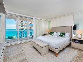 Luxury 2 Bed Eco-Hotel Condo with Ocean View -1122