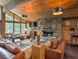Expansive 4BR Truckee Cabin w/ Resort Amenities!