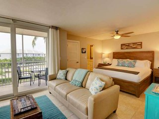 Completely Remodeled, Gorgeously Designed Studio Condo! Across from the Beach, F