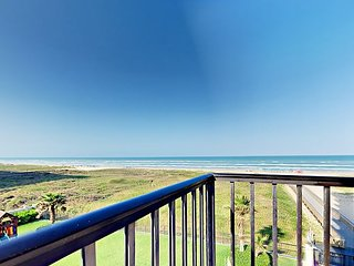 2 Balconies w/ Big Gulf Views! 3BR Beachfront w/ Pools, Hot Tub Unit 407