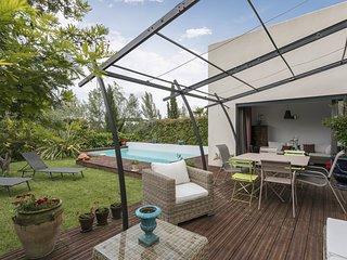 Air Rental - Somptueuse Villa avec Piscine et Jardin
