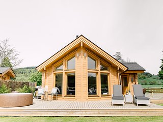 Lagom - Rivercatcher Log Cabins