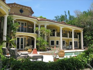 ⭐ Shady Banks 6 Bedroom Waterfront Villa w/ Pool