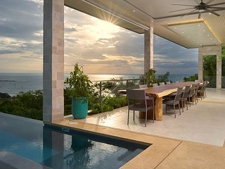 Compass House Luxury Ocean view Villa with Pool & Breakfast included