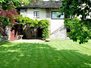 2 bedroom Villa in Pettenasco, Piedmont, Italy : ref 5218362