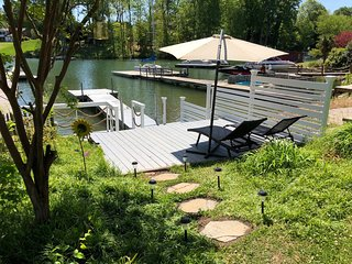 Waterfront Home on Lake Norman! Newly renovated!