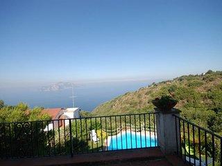 Termini Villa Sleeps 10 with Pool and WiFi - 5218151