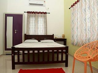 ZORAIZ Bedroom 2