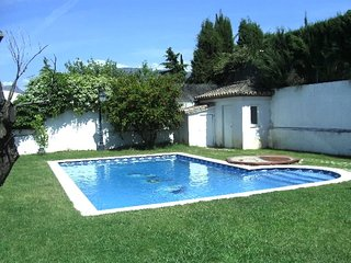 Big villa with swimming-pool
