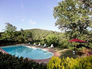 6 bedroom Villa in Gaiole in Chianti, Tuscany, Italy : ref 5478905