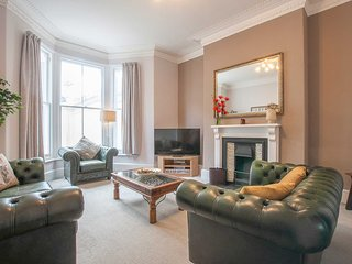 Stags Corner: stay in central Plymouth Hoe in a stylish 5 bed refurbished house