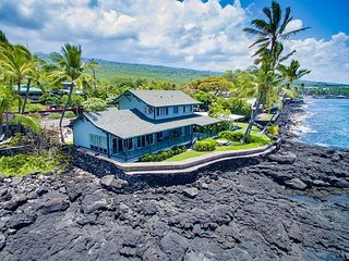 Oceanfront 3 bedroom home with 180 degrees unobstructed views of the ocean