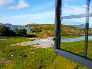 Tjongsfjord Lodge: Creekside Cottage