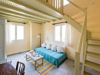 Villa Maria-Syros,Daphne