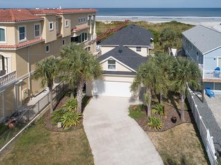 NEW LISTING! Immaculate beachfront house with stunning ocean views!