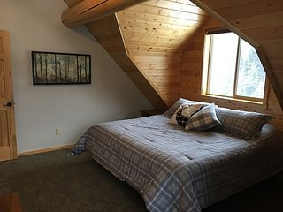Aspen Ridge Bedroom 2
