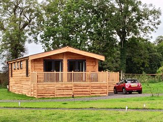 Lapwing- five star luxury lodge (1 of only 4) in the great outdoors of Yorkshire