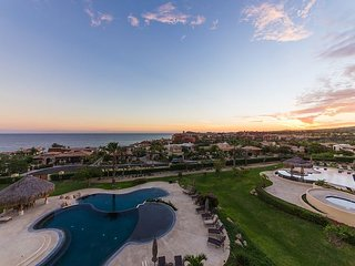 Oceanview Condo at Cabo del Sol Golf Resort Walk to Beach