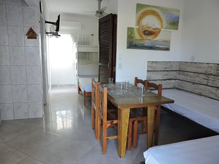 1 bedroom apartment for 6 people two blocks from Praia Grande Apto 04B Ubatuba
