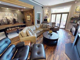 Luxurious Unit - Premier Location in Historic Downtown Durango