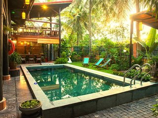Hidden Beach 5 BDR Pool Villas