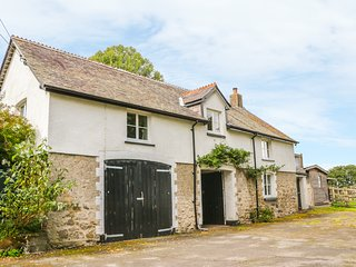 THE COACH HOUSE, romantic retreat, near Chagford