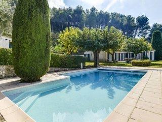Magnifique Mas Provencal avec piscine et tennis au Beausset pour 10 pers.
