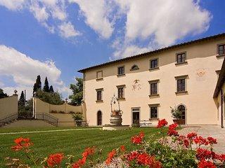 6 bedroom Villa in Arezzo, Tuscany, Italy : ref 5218424