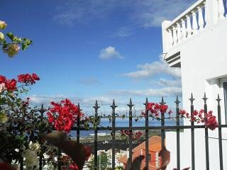 Beautiful Apartment Ocean View, holiday rental in Barrio Los Menores