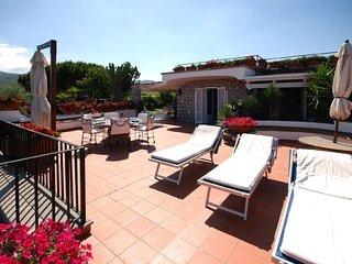 Annunziata Villa Sleeps 5 with Air Con and WiFi - 5218268